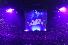 Black Sabbath rocks Pepsi Center in farewell tour