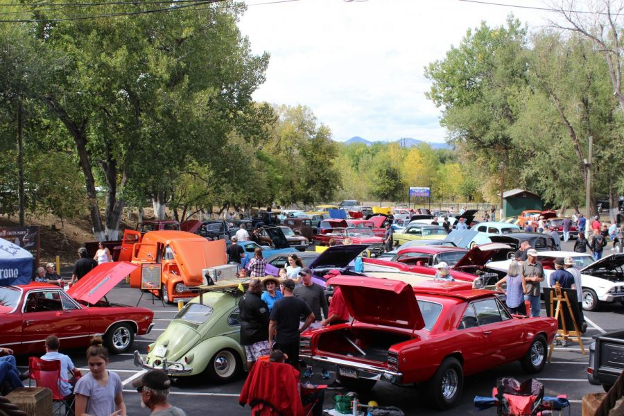 With+seventy+cars+and+a+handful+of+motorcycles+on+display%2C+it+was+The+Platte%E2%80%99s+largest+car+show+to+date.