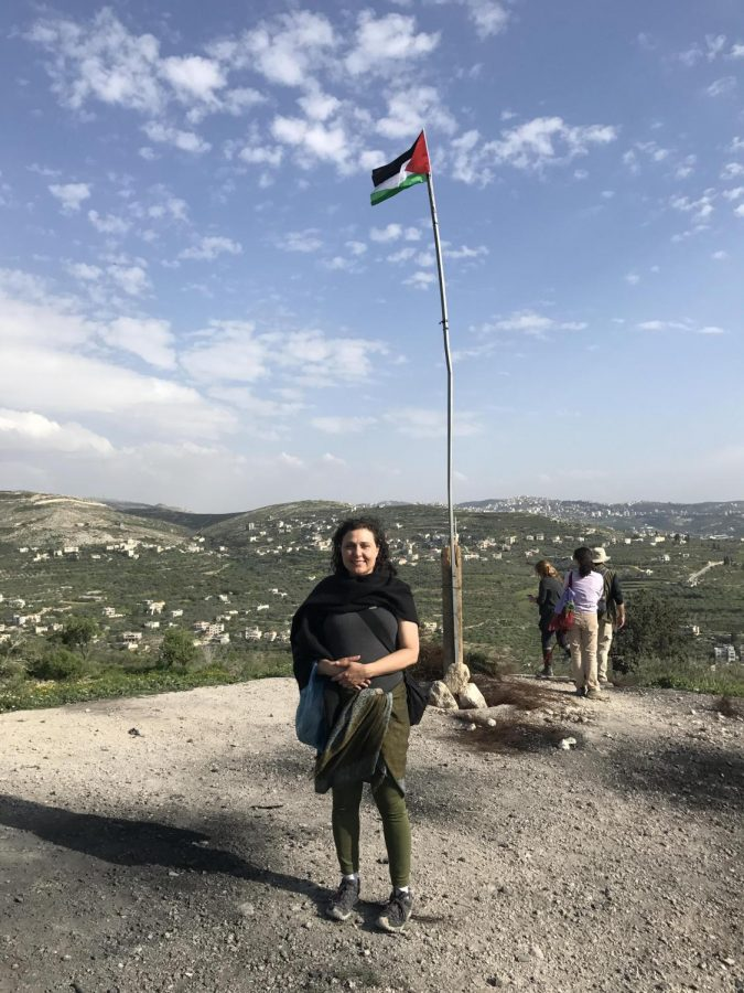Jewish+Voice+for+Peace+member+Osie+Adelfang+hiking+through+Palestine+in+April+2017.