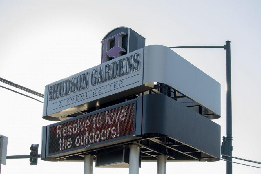 Hudson+Garden+sign+in++on+Saturday%2C+Jan+25%2C+2020%2C+in+Littleton%2C+Colorado.+Hudson+Gardens+held+the+Frosty+Frozen%27s+ten+mile+and+five+mile+race.+